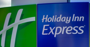 Holiday Inn Express & Suites Image 1